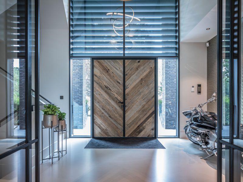 Robuuste barnwood voordeuren - detail beeld