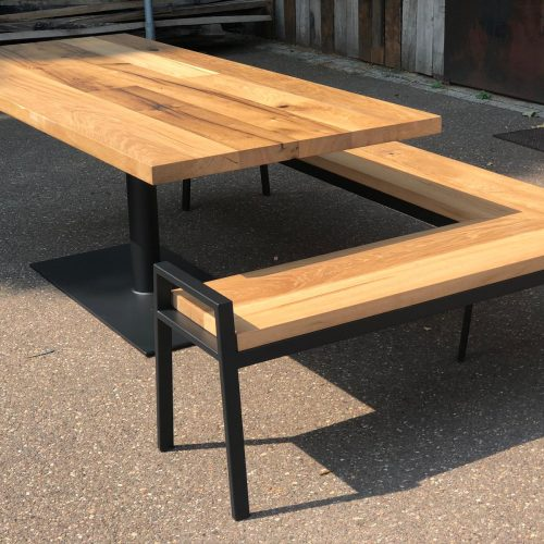 TAFEL EN BANK SET VAN RECLAIMED EIKEN