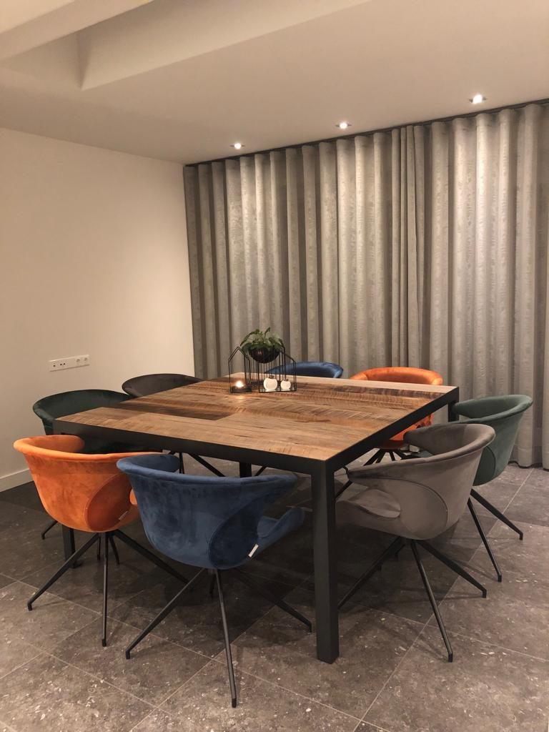 Vierkante Eettafel 150x150 Cm.Vierkante Rechthoekige Tafel Robuust Maatwerk